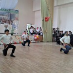 Musikalische Begrüßung im Sergeli Gastronomie Kolleg, Taschkent