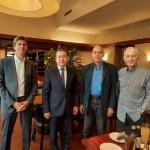 von links nach rechts: Stefan Wagner, Leiter des Amtes für Internationales und globale Nachhaltigkeit der Stadt Bonn, Nuriddin Mamadshanov, Konsul der Republik Usbekistan, Dr. Colin Dürkop, Präsident der DUsG, Dieter Brandenburger, Vize-Präsident der DUsG