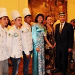 OB Bonn mit jungen Nachwuchsköchen aus Taschkent: Tanja, Zuchra (Lehkraft), Ibodulla, Arsen und Akhmad