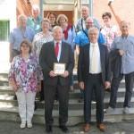 Unsere Gruppe mit den Botschafter der Bundesrepublik Deutschland in der Republik Usbekistan Neithart Höfer-Wissing. Herzlichen Dank an Jörg Fischer, Mitglied der Deutsch-Usbekischen Gesellschaft e.V. für die Organisation des Treffens