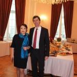 Stefan Wagner, Leiter des Amtes für Globale Nachhaltigkeit und Internationales, Oksana Ten, Geschäftsführerin der Deutsch-Usbekischen Gesellschaft e.V.
